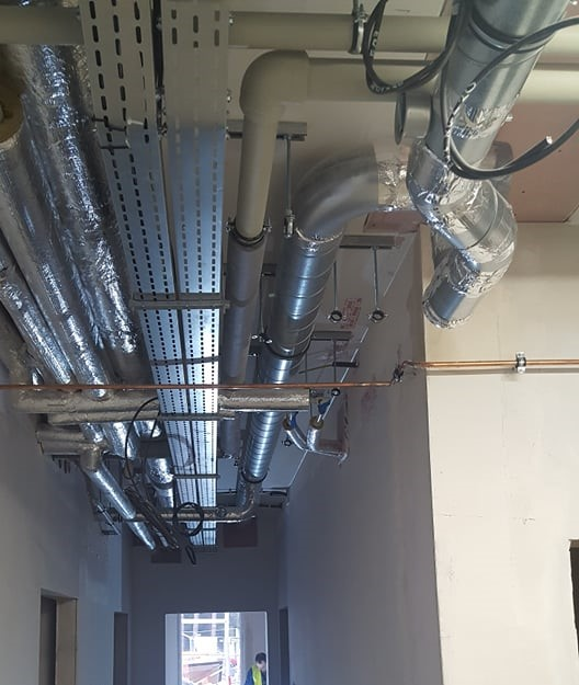 Instalacja tlenowa w szpitalu modułowym